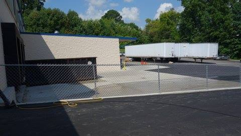 Picture of Truck Docks in back